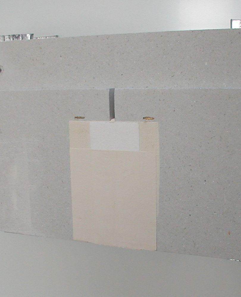 tmel uniflott umožňuje tmelit i řezané hrany sádrokartonových desek