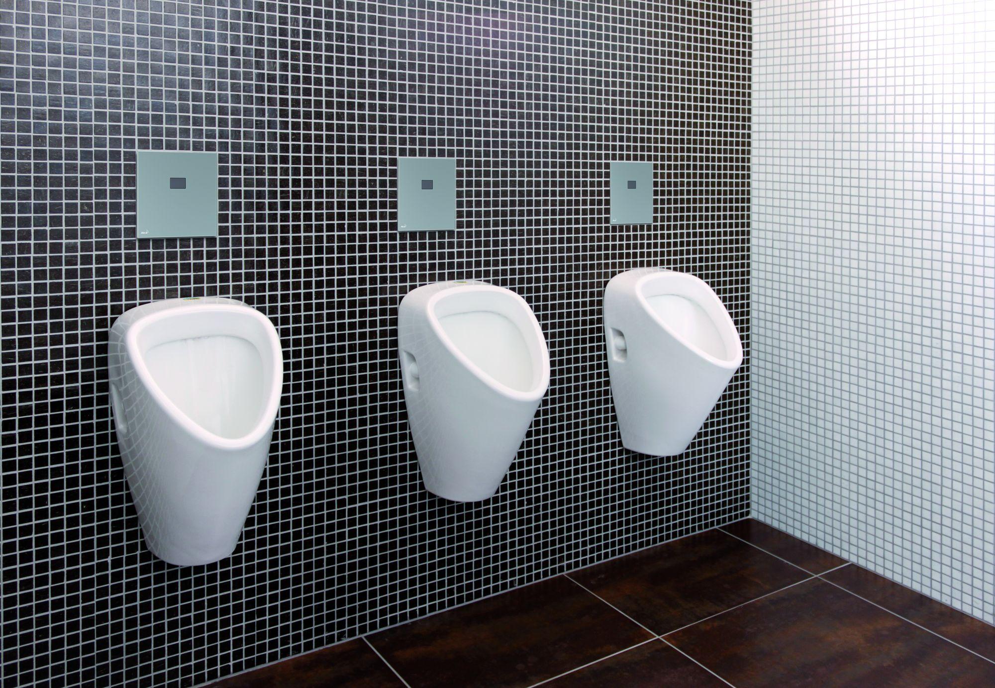 Videa z veřejné koupelny