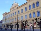 Konference PROPAMÁTKY 2019 se zaměří na budovy škol